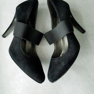 Jessica Simpson black suede 4 inch heels 9.5B